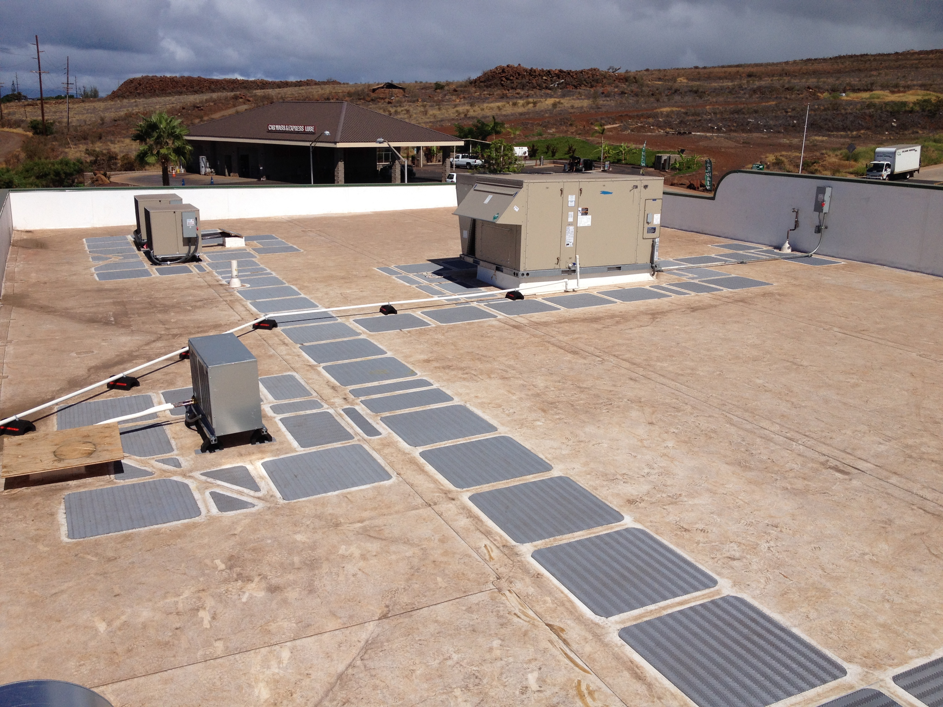 Minit Stop Lahaina Pat S Quality Roofing